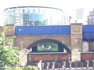 El ojo que vigila Southbank /Tamara Velázquez